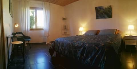 """Chambre """"ROSE MOUSSE"""" de 15 m2"""