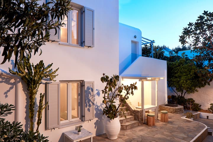 Mykonos Town Suites - Two Bedroom House