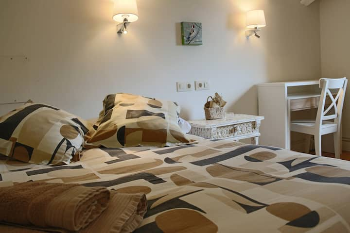 GABAI  Habitación individual cama 150 baño privado