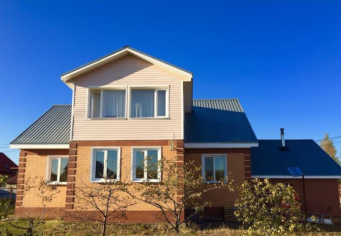 Уютный тёплый дом с Русской баней - Первомайское - House