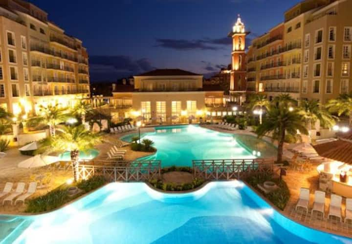 APART/HOTEL IL CAMPANÁRIO JURERE INT. SUITE LUXO