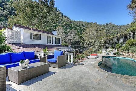 Casa Benedict | Beverly Hills Home w POOL!