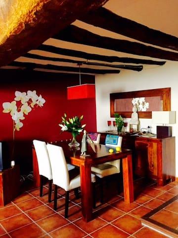SENSACIONAL CASA RURAL. La casa de las orquídeas - Chiva de Morella - House