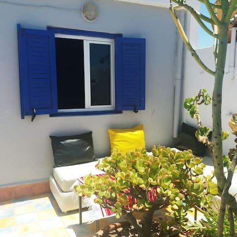 studio avec terrasse privative