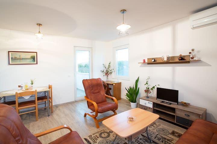 Apartment Neo- peaceful place for nice holidays