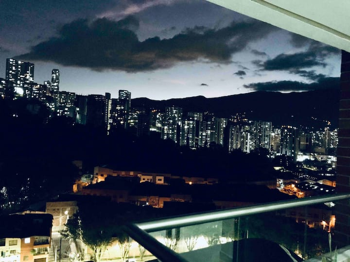 Apartment in south of Medellin with excellent view