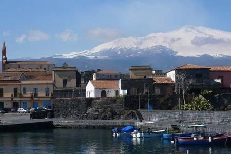 THE MAYOR'S HOUSE  - Pozzillo- 150 m far from Sea - Acireale