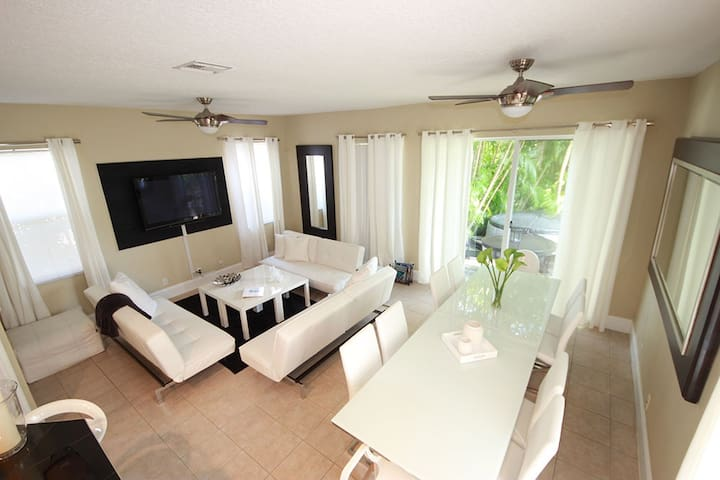 New Listing! 3 Room Golf, Tennis, SPA Resort - Palm Beach Gardens - Apartment