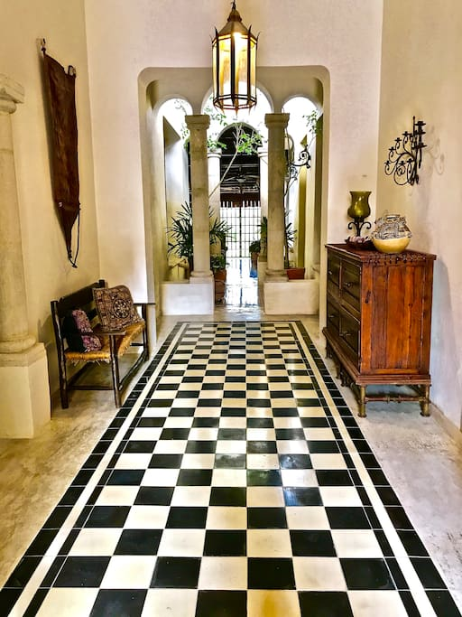 Entry Hall with to garden