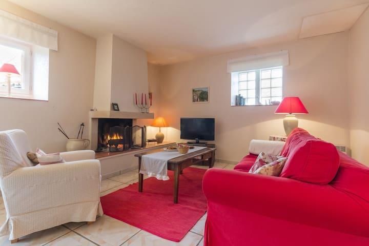 Maison cosy au coin du feu en Bourgogne