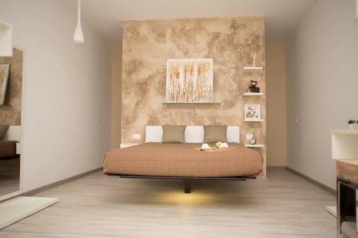 Nidi di Feo - Luxury B&B - GOLDEN SUITE - Lecce - Appartamento