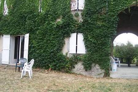 Picard - Villasavary - Haus