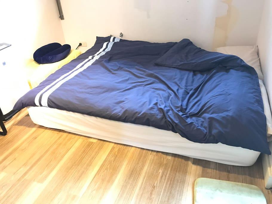 客房雙人床