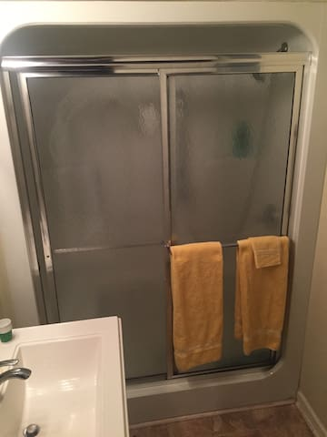 Shower with towels