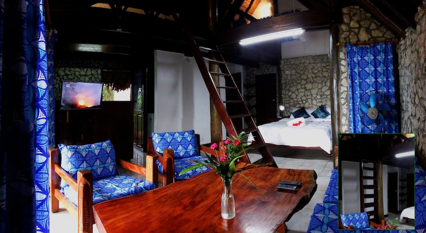 Treetops Lodge - Deluxe Private Oceanview Bungalow