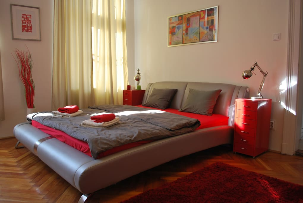Large comfortable double bed. (King Size)