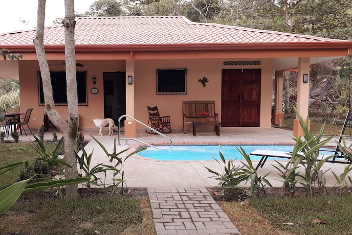 Isolated Get-Away  2bdrm/2bath House, PRIVATE Pool
