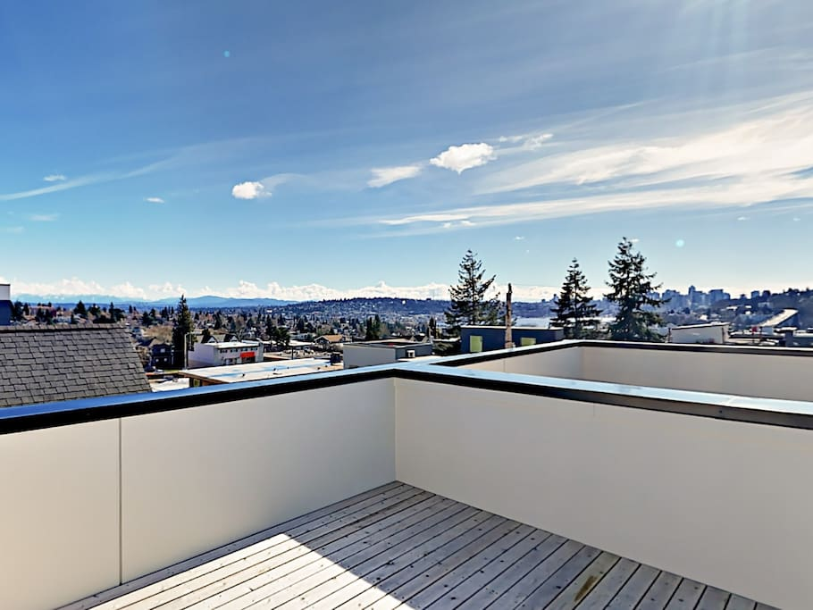 Welcome to Seattle! This 3-story rental is professionally managed by TurnKey Vacation Rentals.