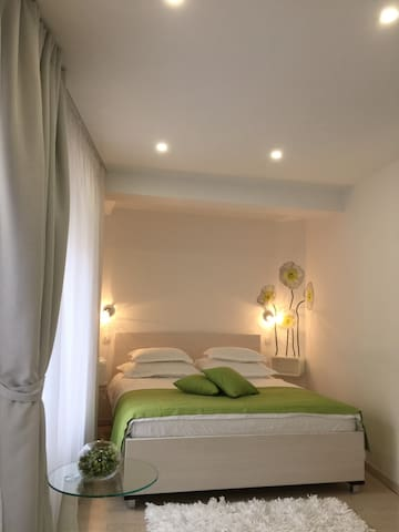 Palace Tartaglia - Green room