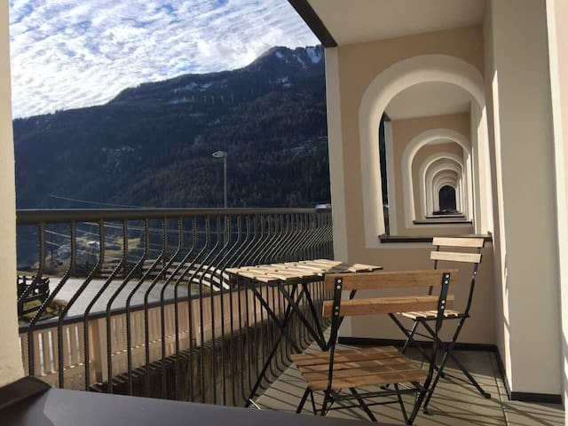 Two bedroom Fliess Apartment with Mountain view - Fließ - Daire