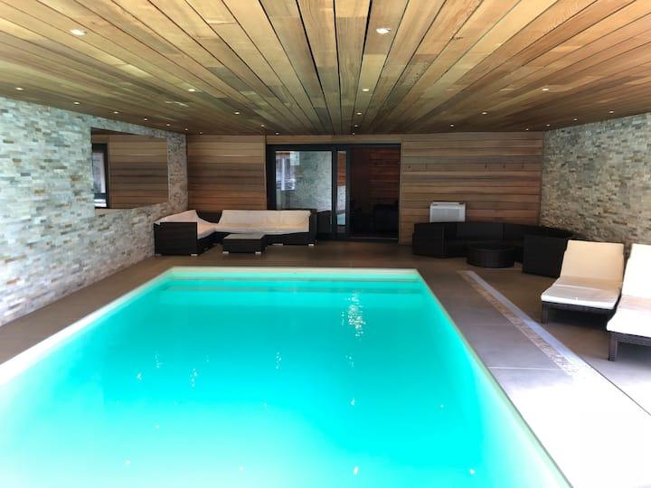"Villa ""Marie France"" **** pool-sauna 9p + 1baby"