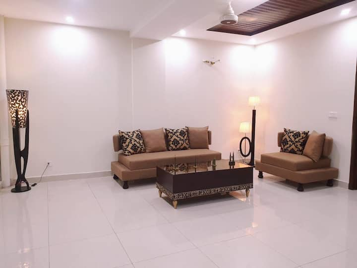 Fully Furnished luxury Guest House