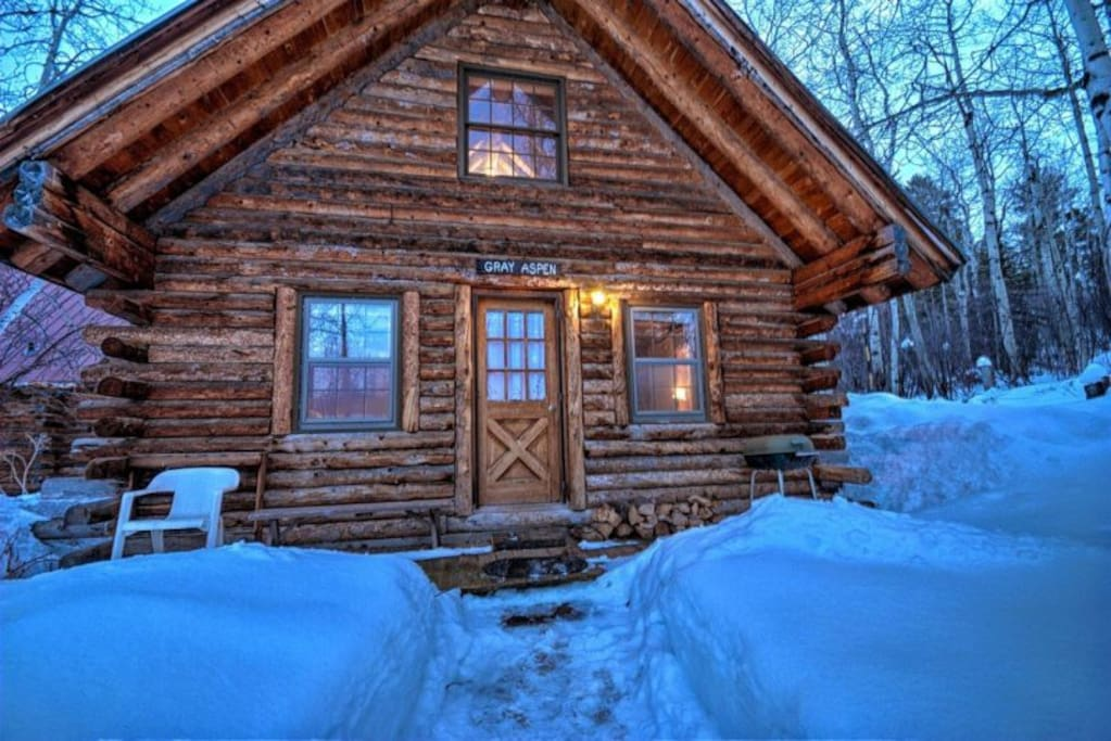 Historical cabin in strawberry park perry mansfield gray for Steamboat springs cabins for rent