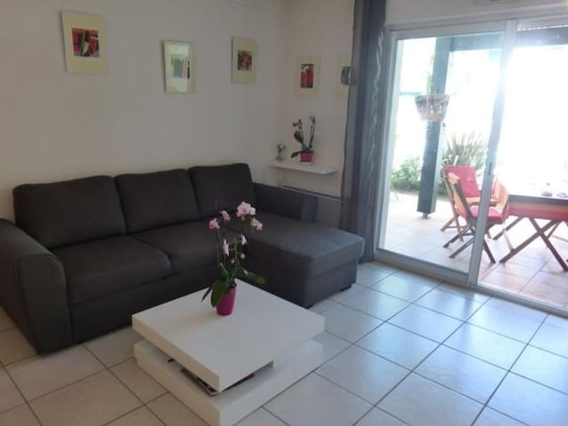 2 Pièces 2 couchages CAMBO LES BAINS