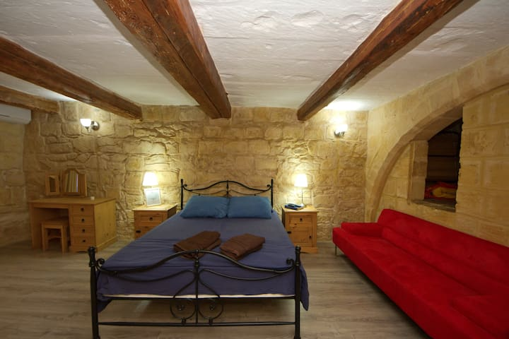 Knight age apartment in Birgu