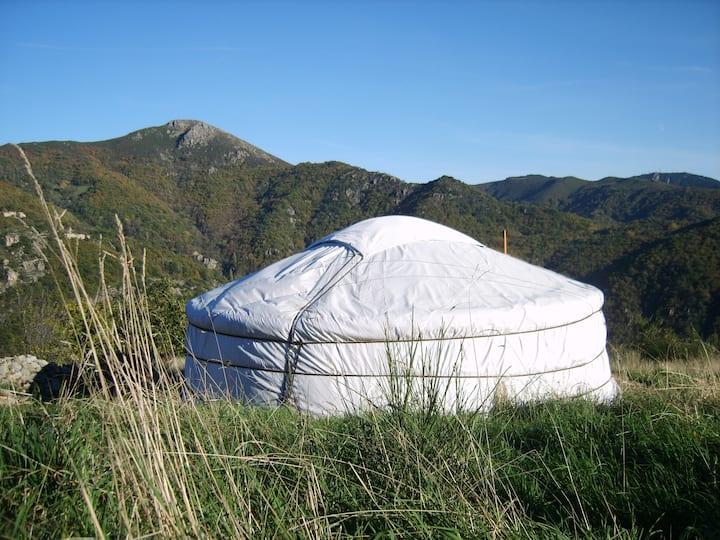 yourte mongole en Ardèche, Acceuil rural