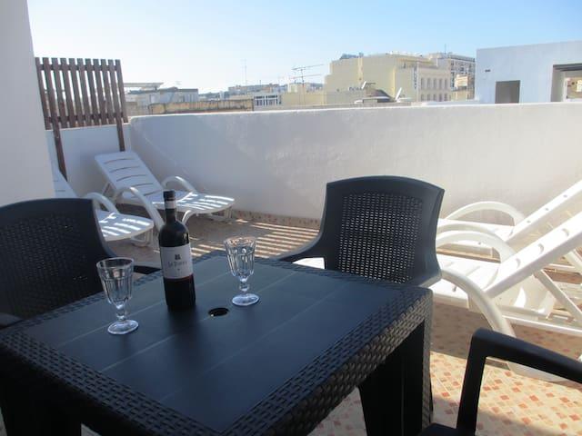 Penthouse in Gzira (near Sliema) - Il-Gżira