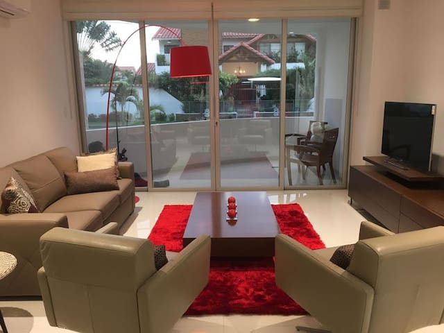 Lindo nuevo apartamento en las Palmas - Santa Cruz de la Sierra - Leilighet