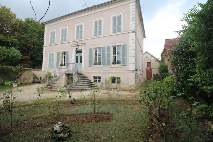 Daneton Manoir - Clamecy, Nièvre - Casa