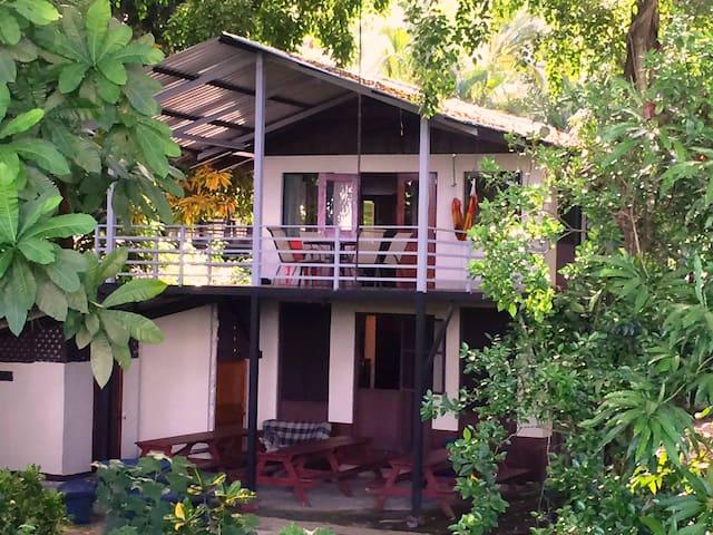 Casa Rio - Riverfront 2-Bedroom House