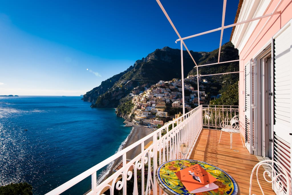 Suite with the best view of positano boutique hotels for Great small hotels italy