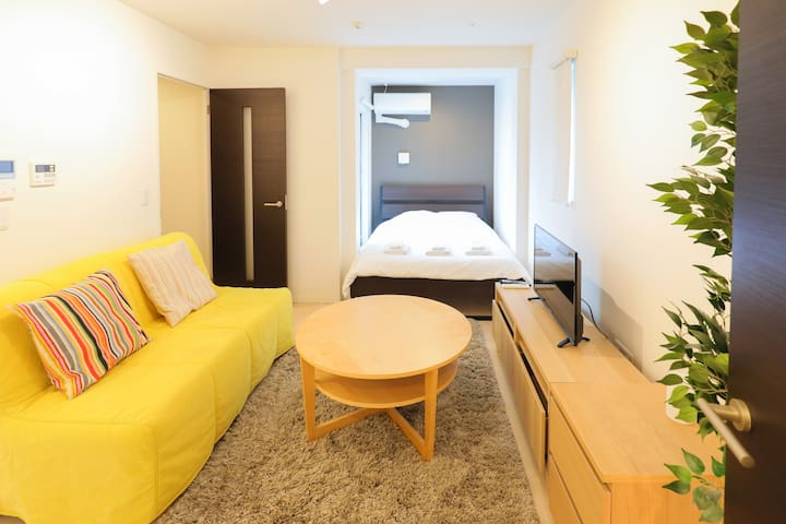 Modern Cozy Apartment in Jingumae / 2F-31.6sqm