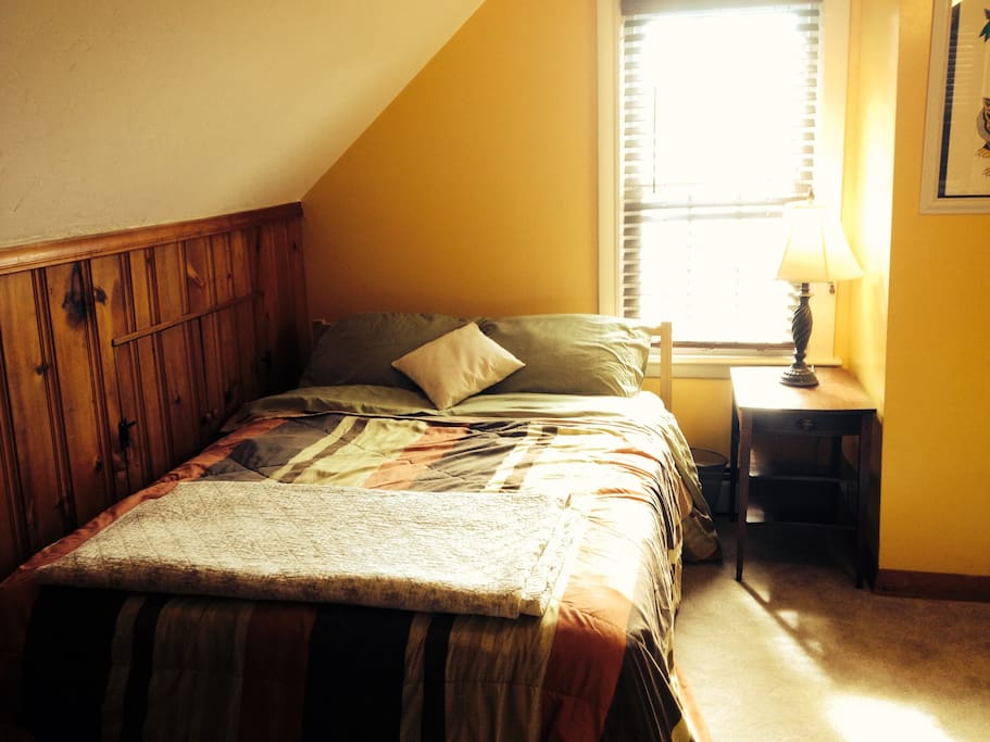 Private 2nd floor room with full bed