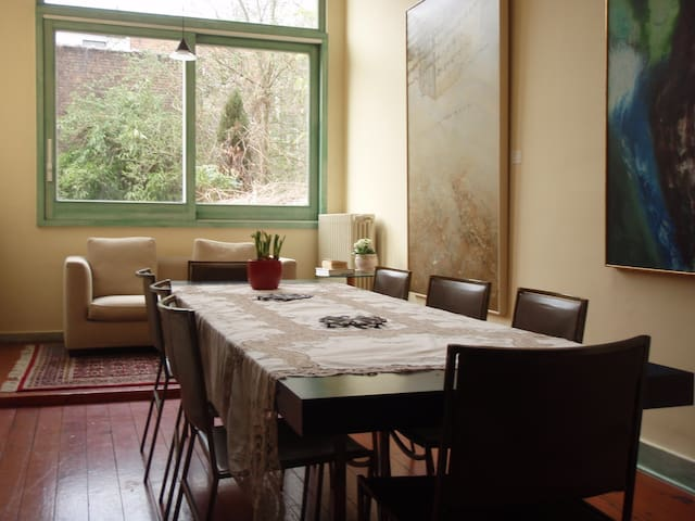 Community Breakfast Room