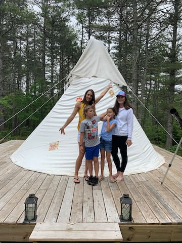 Star gazing and serene nature from your TEEPEE