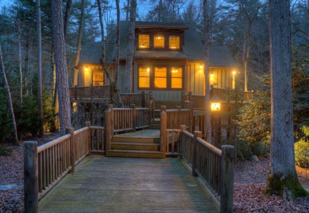Cartecay river rapids no pets cabins for rent in for Ellijay cabins for rent by owner