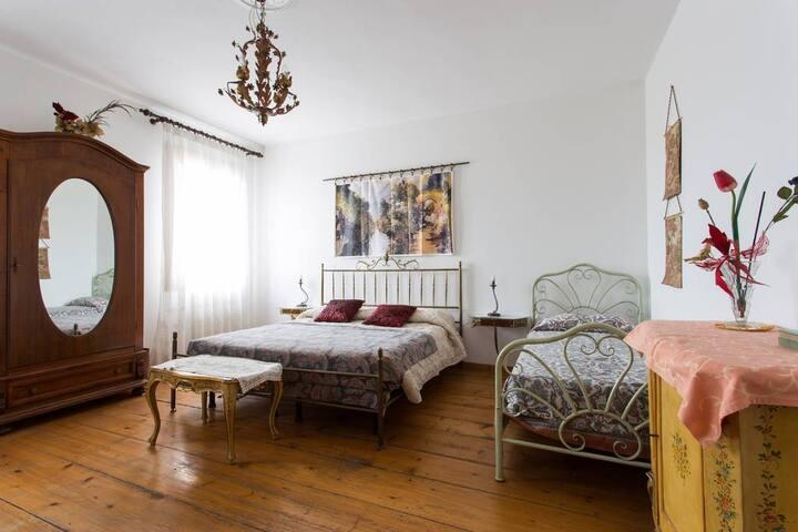 Family Room near Venice