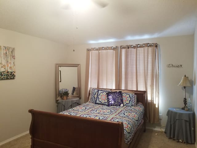 Forney Texas Quiet 1 Bedroom #3
