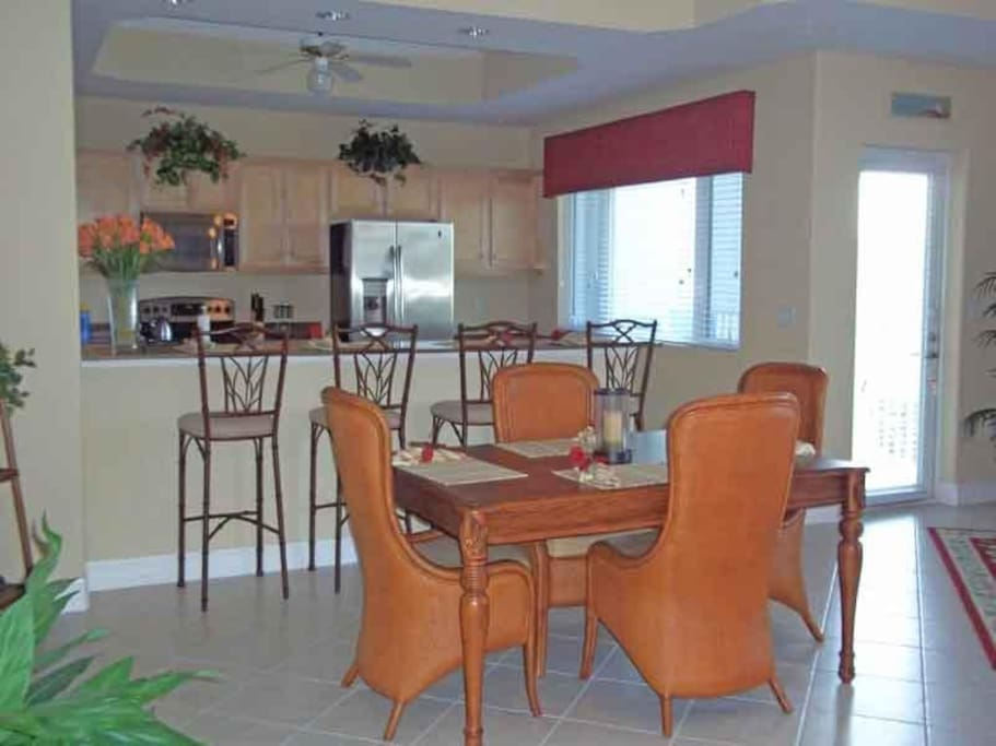 Sunrise Pointe 2-202 Dining A