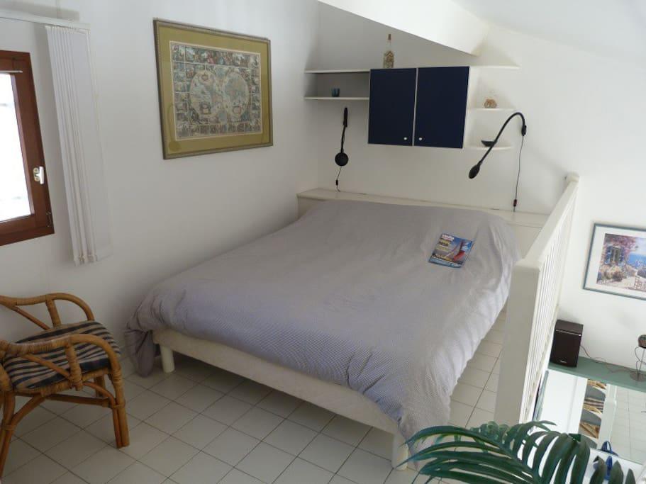 Chambre avec lit en 160 sur Mezzanine