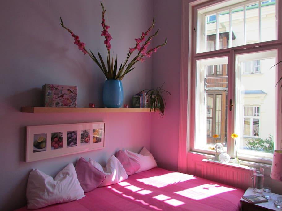 Romantische Altbauzimmer