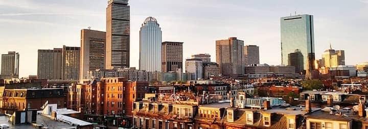 Stunning Boston 1 Bedroom with Keyless Entry