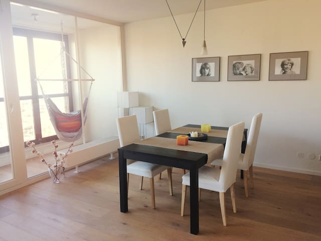 Light, spacious apartment on beautiful city island - Amsterdam - Appartement