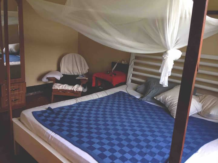 Cosy maisonette in the heart of Gulu (Sam's Villa)