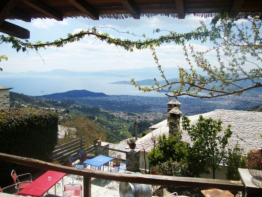 Court yard - sitting room with pergola and panoramic view