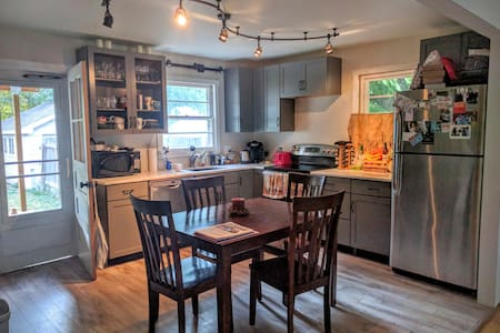 2bd in Old Town Fort Collins - Ház